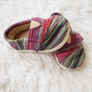 TOMS Toddler Multicolored Canvas Striped Shoes, 3